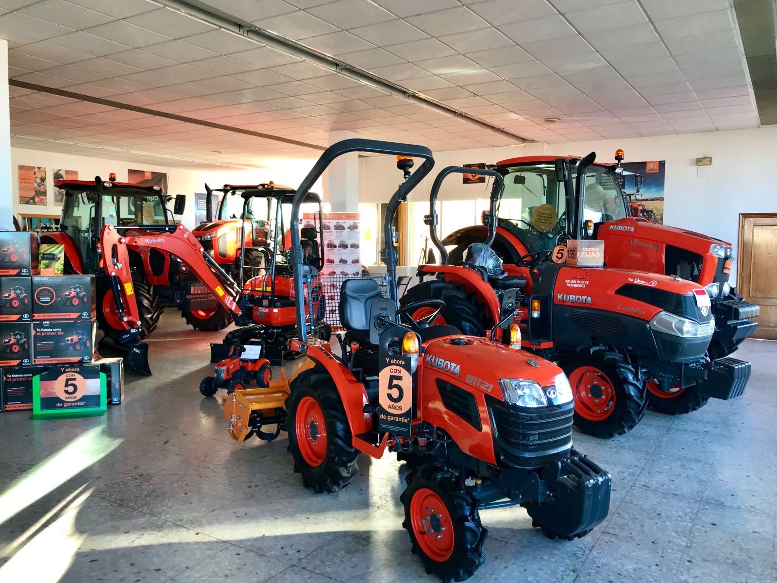 Maquinaría agrícola venta de tractores